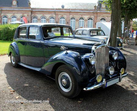 Bentley MK VI saloon de 1951 (9ème Classic Gala de Schwetzingen 2011) 01