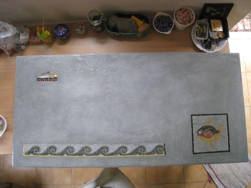 Table b ton cir poisson jordanien et vagues romaines les mosaiques de c - Fabriquer une table en beton ...