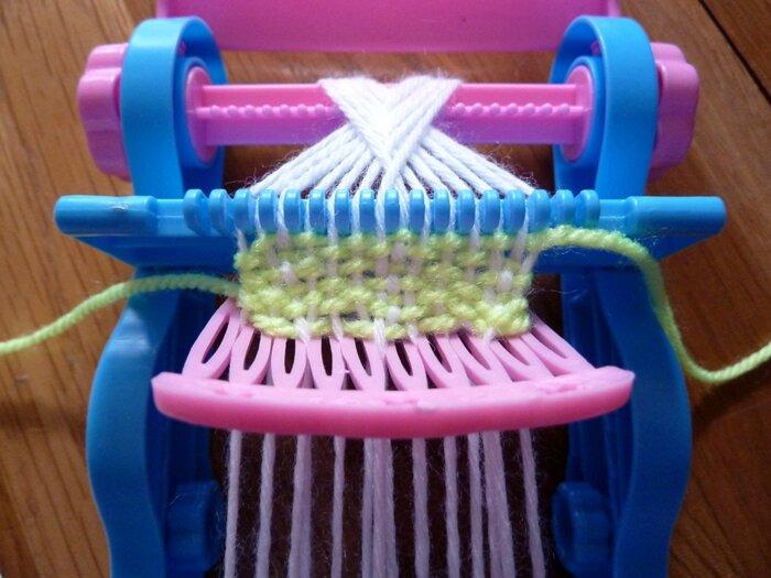 27 Zeeman Métier à tricoter peigne