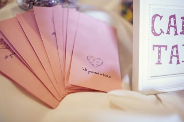 berry_pink_wedding_ideas_15