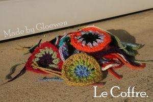couverture crochet: Les premiers ronds sunburst de Gloewen - Le coffre de gloewen et scrat (2)