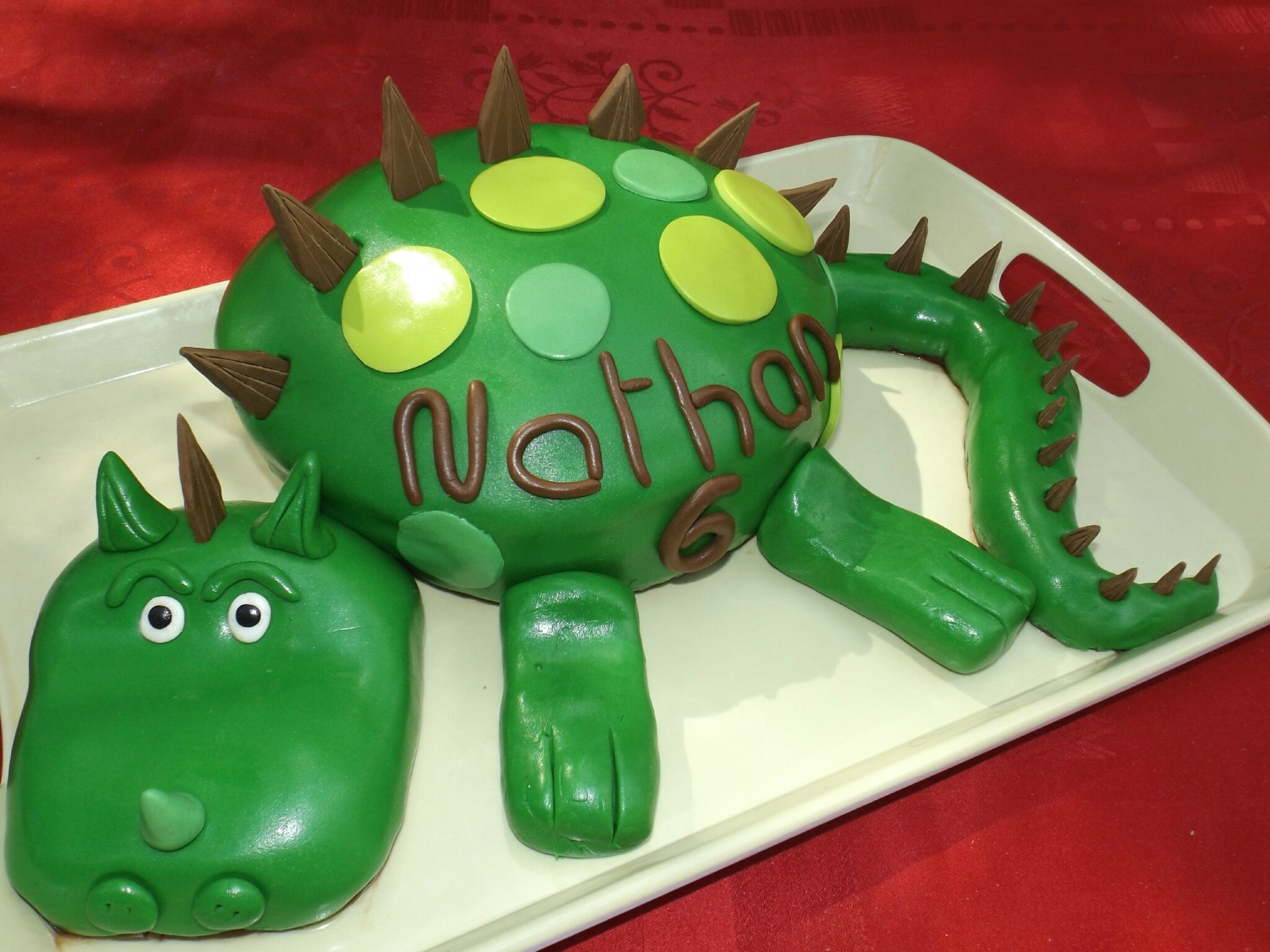 G 226 Teau Dinosaure Pour Les 6 Ans De Nathan P 226 Te 224 Sucre