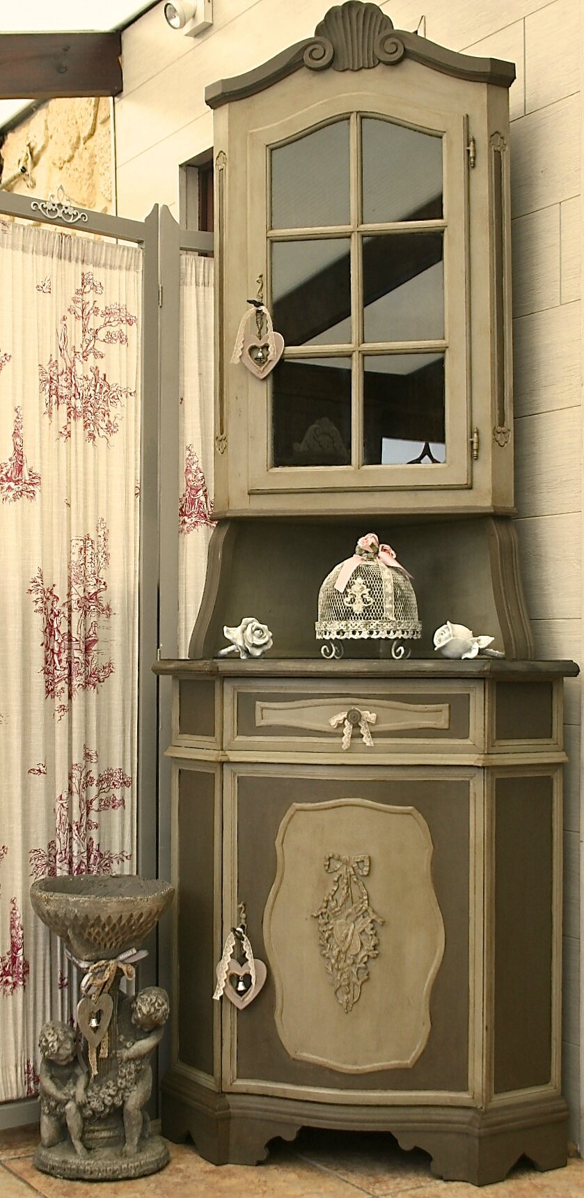 meuble de coin encoignure patin e blog de missantic. Black Bedroom Furniture Sets. Home Design Ideas