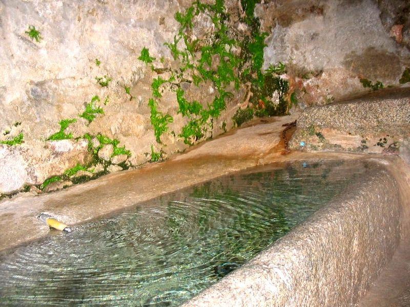 Baignoire dite romaine à Dorres Photo du site Bains-de-dorres.com