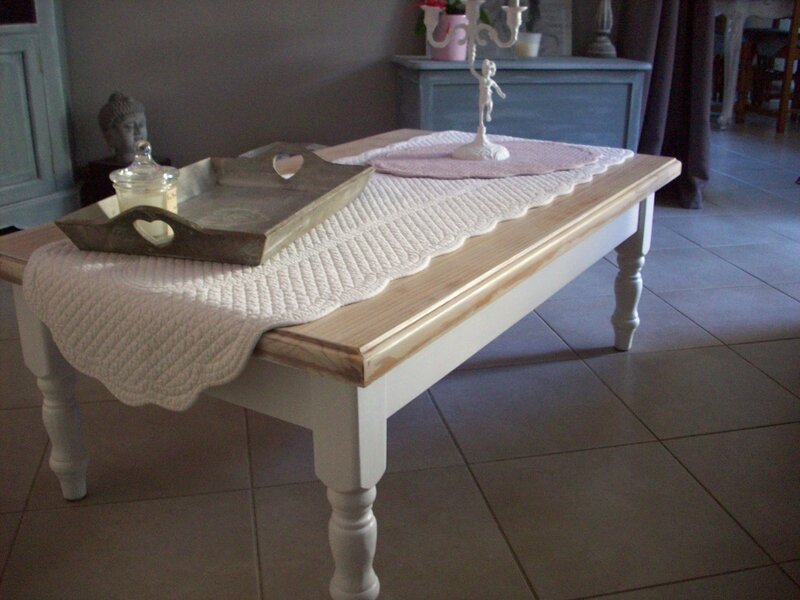 Table basse au boudoir d 39 antan - Peindre une table basse ...