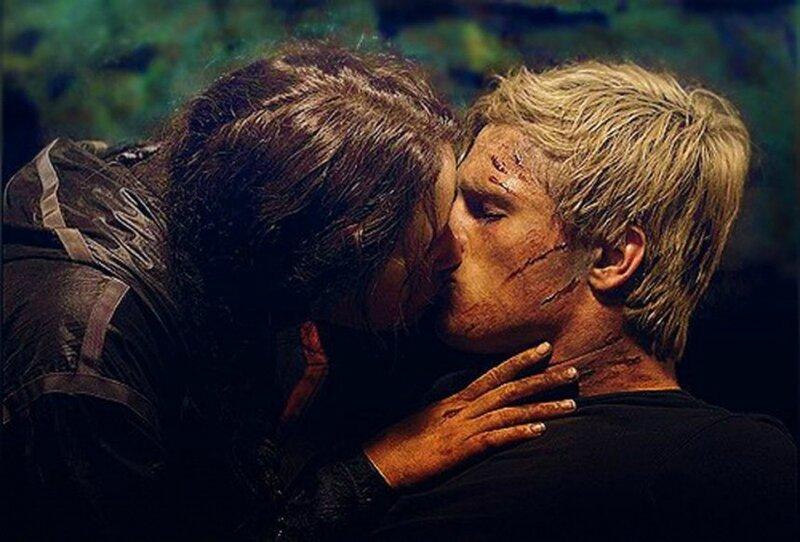 Le baiser entre Katniss Everdeen et Peeta Mellark