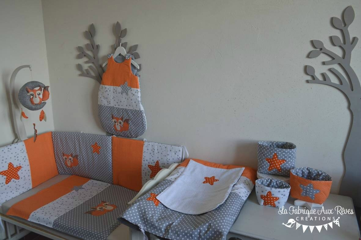 Beautiful chambre garcon orange et gris gallery design for Chambre bb garcon
