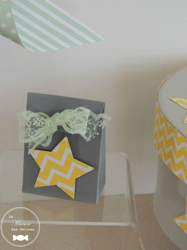 contenant dragees mariage bapteme gris theme etoile jaune chevrons moulin a vent ruban dentelle
