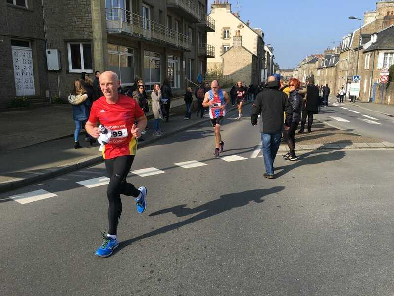 Athletic Club Avranches course 10km 2016 coureurs Bd Foch place Patton