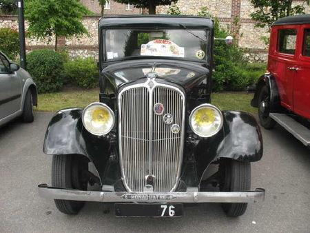 RenaultMonaquatre8av1