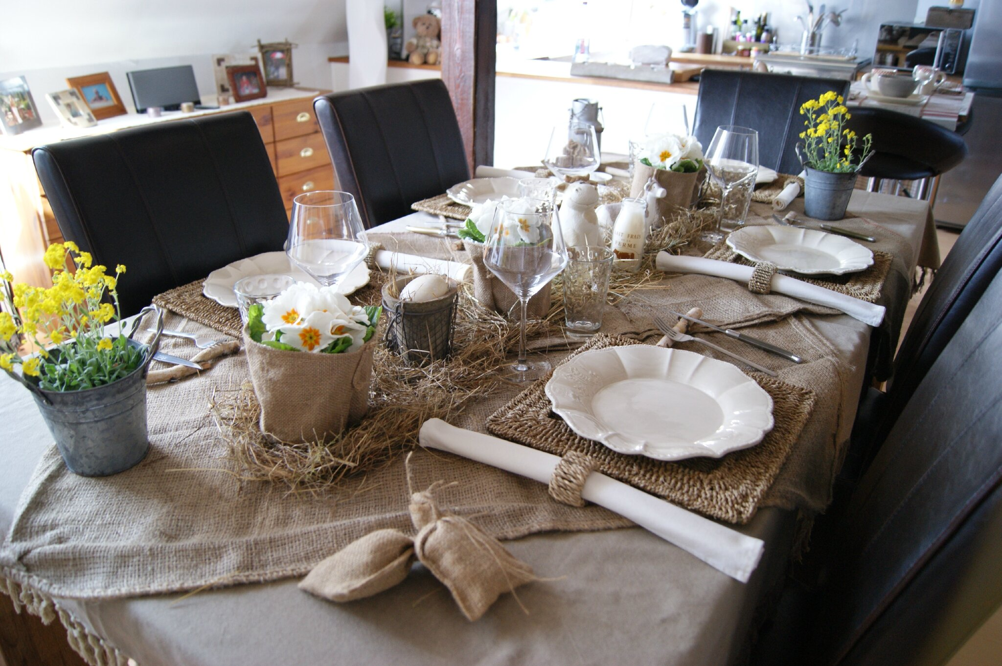 Bonjour voici ma table de p ques au th me d ner les tables de pralinette - Decoration table champetre jardin la rochelle ...