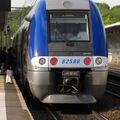 B 82585/586 en gare de Cenon