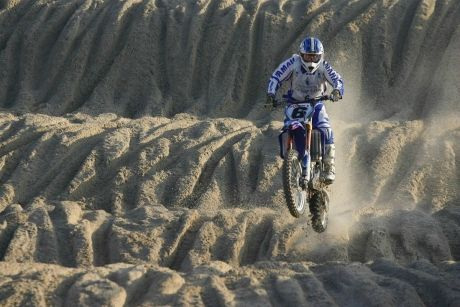 le-beach-cross-de-berck-s-mer-c-est-ce-week-end-everts-pichon-potisek-de-reuve-coppins-goncalves-et-un-jubile-arnaud-demeester-kingjule-44523-2-v4zoom