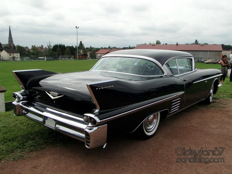 cadillac-62-coupe-deville-1958-02