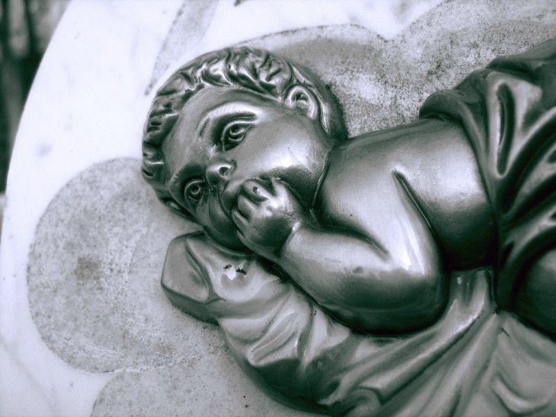 Cimetière de l'église de Vals en Ariege Anges et Chérubins (6) 800x600