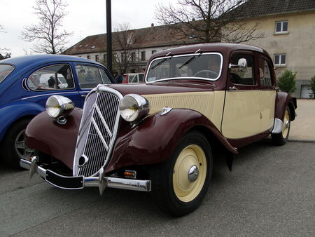 CITROEN Traction 11 Legere 1950 Bourse Echanges Autos Motos de Chatenois 2010 1