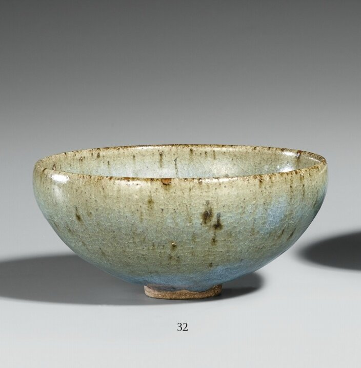A purple-splashed Junyao bowl. Song-Jin dynasty, 12th-13th century