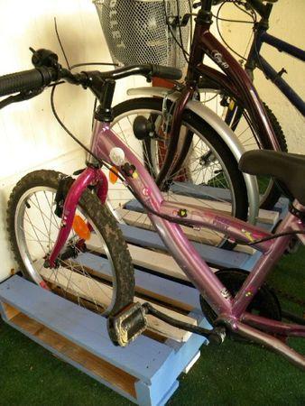 Très ParKing à Vélos en palette de bois - Mille et une idées RP57