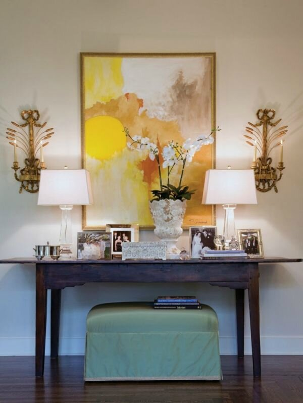 beige-yellow-room-inspiration-console-table