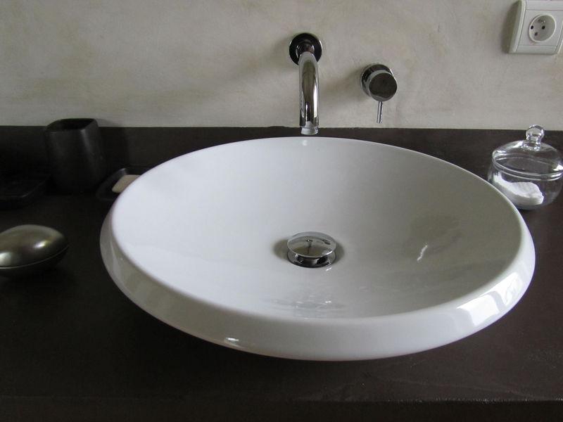 Plan vasque en b ton cir poli pictures to pin on pinterest for Vasque en beton cire