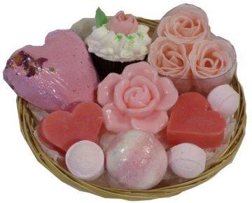 corbeille-cadeau-rose-effervescente-fleurie-2-2