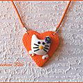 281 - Pendentif Hello Kitty orange