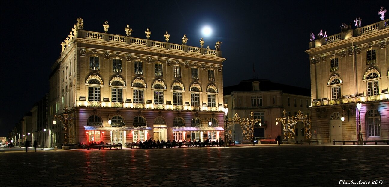 La Lune Place Stan' / The Moon over the Place Stanislas