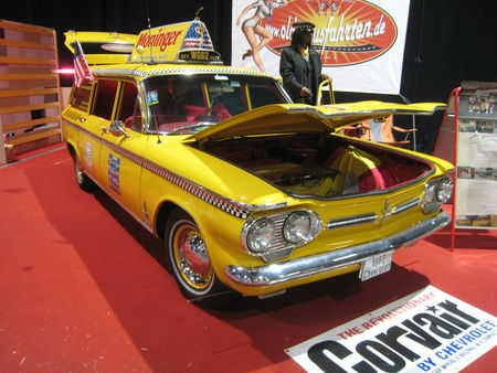 Chevrolet_corvair_monza_900_station_wagon_taxi_prototype_1962_01
