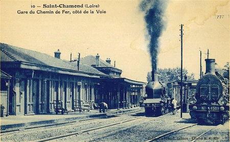 gare_St_Cham_c_t__voie_loco