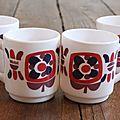 4 tasses à café mobil