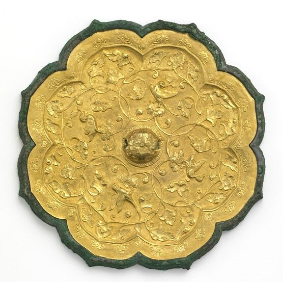 Foliated mirror with birds and floral scrolls, China, early or mid-Tang dynasty, late 7th–early 8th century