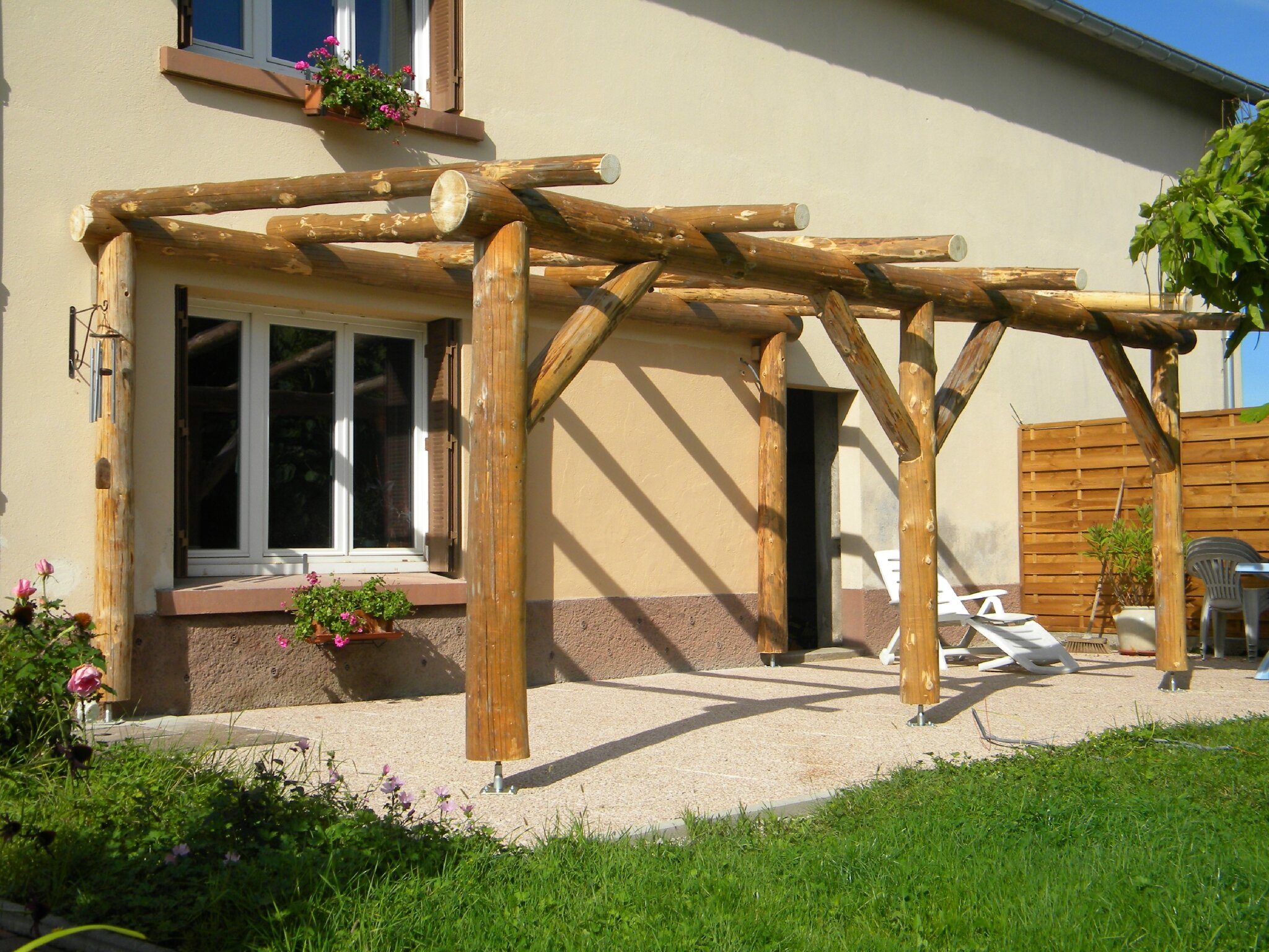 Gallery Photo About Pergola Bois Rondin Quot Penmie Bee