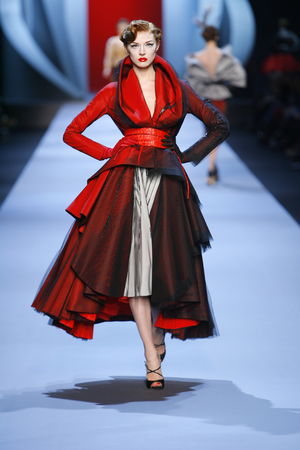 women_Dior_HC_SS2011_Look_05