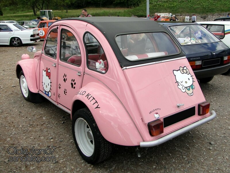 citroen-2cv4-hello-kitty-1979-02