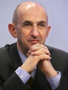 louis-gallois-doit-remettre-son-rapport-sur-la-relance-de-la-competitivite-des-entreprises-francaise