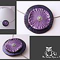 collier corolle violet nacré jolie texture
