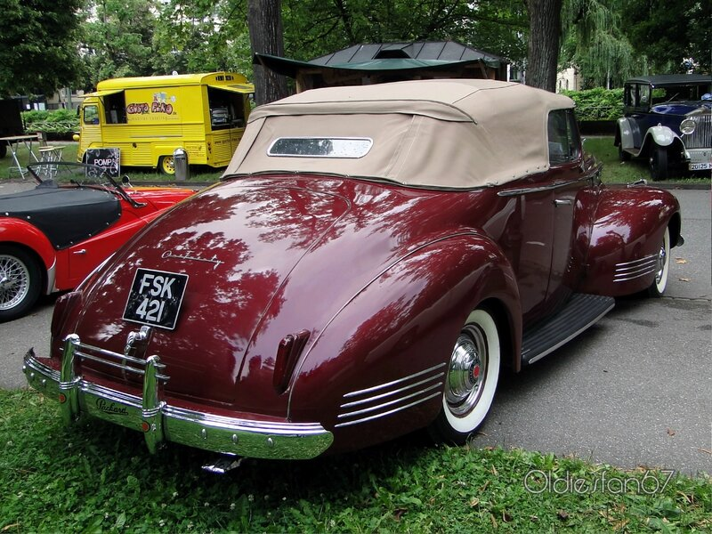 packard-120-convertible-1941-b