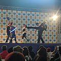 Combat avec épées lumineuses