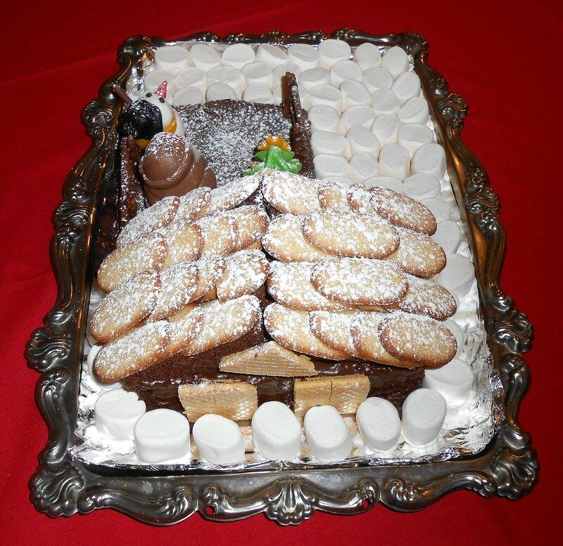 gateau-rigolo-3D-enfants-enfant-noel-fete-chalet-maison-neige-bonhomme de neige-père-sapin-chocolat-pate-à-sucre-hiver-gouter (3)