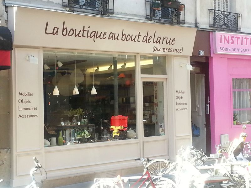 la boutique au bout de la rue ou presque paris 14 mobilier luminaire accessoire devanture. Black Bedroom Furniture Sets. Home Design Ideas