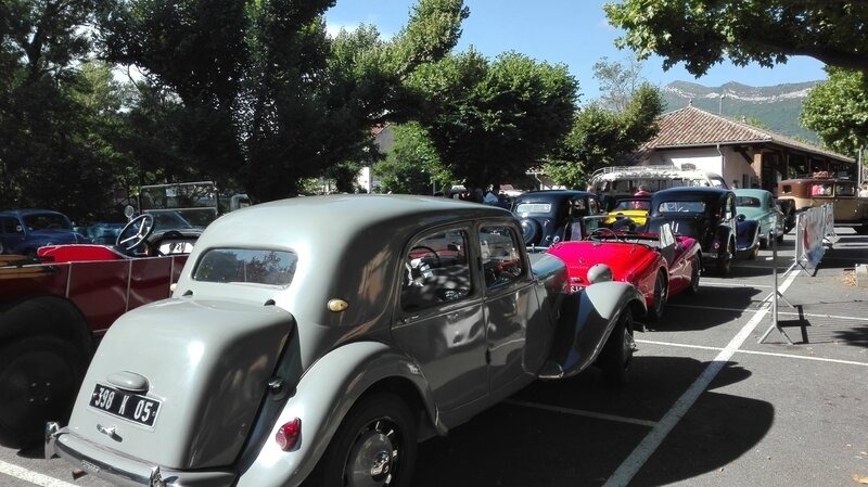 SERRES AUTO RETRO L ESTANCO 25 JUIN 2017 PHOTOS AMD A COUDRE (54)