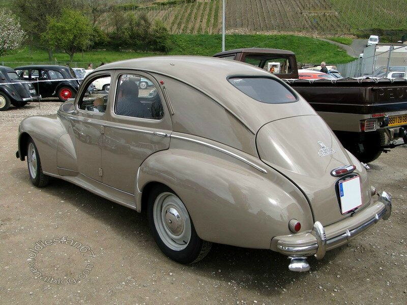 peugeot 203 berline luxe 1950 oldiesfan67 mon blog auto. Black Bedroom Furniture Sets. Home Design Ideas