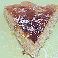 Gâteau au yaourt aux morceaux d'ananas et coco