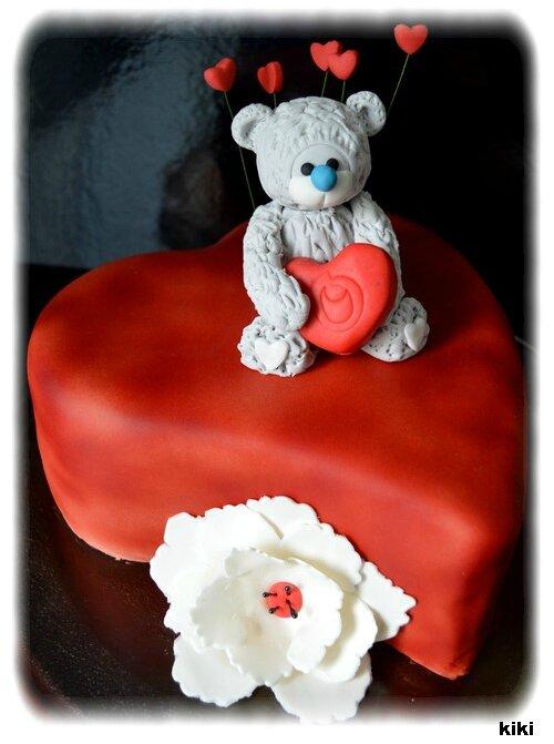 Gâteau petit ours avec son coeur