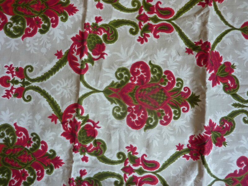 2047 ancien coupon tissu vintage ameublement motif ancien losanges l 39 univers textile des - Tissu ameublement vintage ...