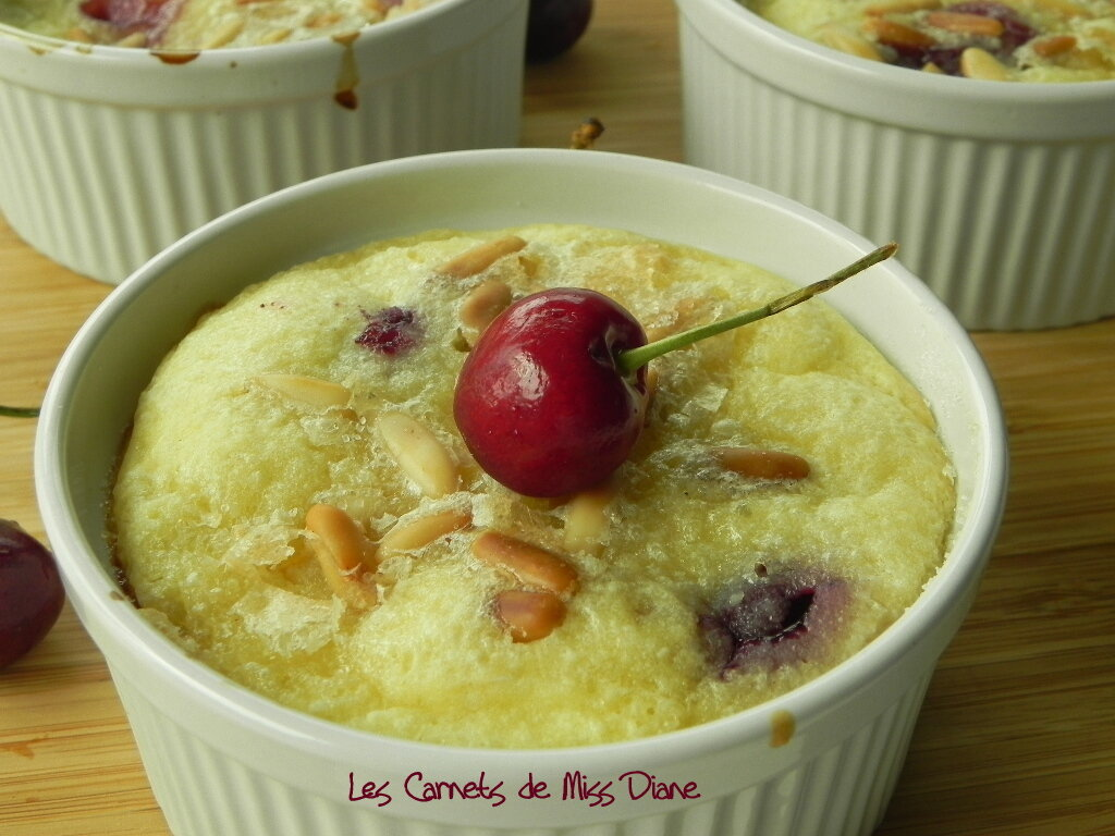 Clafoutis cerises et amandes, sans gluten et sans lactose