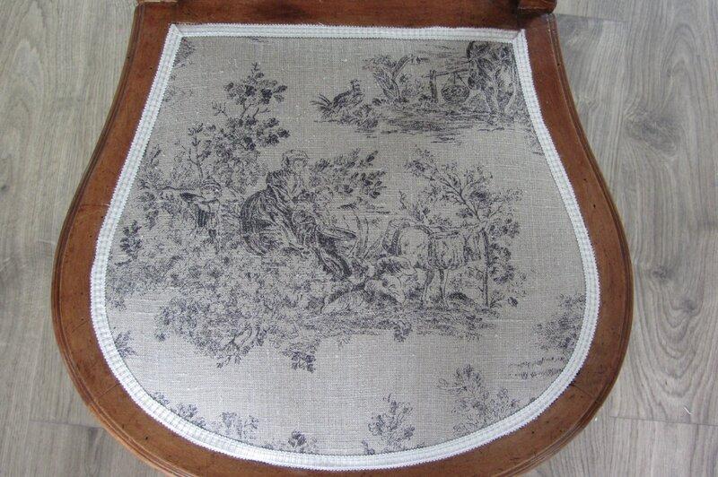 chaise à vendre atelier côté sièges Bohars