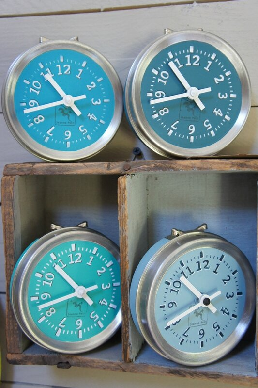 Horloges de table bleues