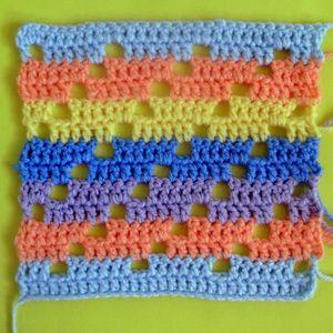 200 carrés crochet Rayures ajourées