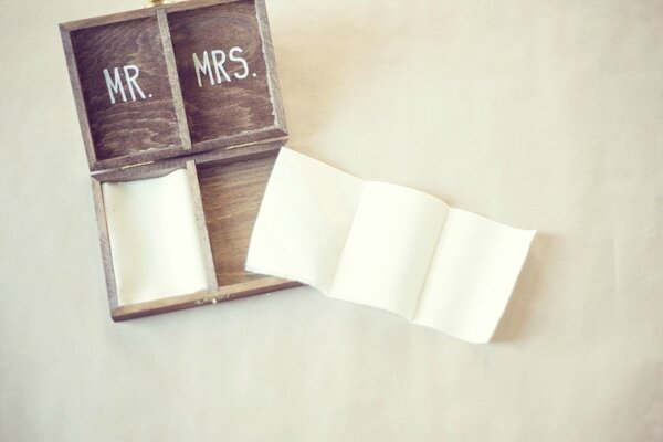 5-DIY-Wooden-Ring-Bearer-Box-by-Renee-Hong-for-The-Knotty-Bride
